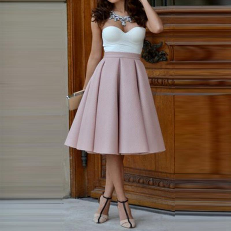 Cute Outfit Ideas for Skater Skirts